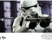 Star Wars: Episode IV:1/6th scale Stormtrooper Collectible Figure